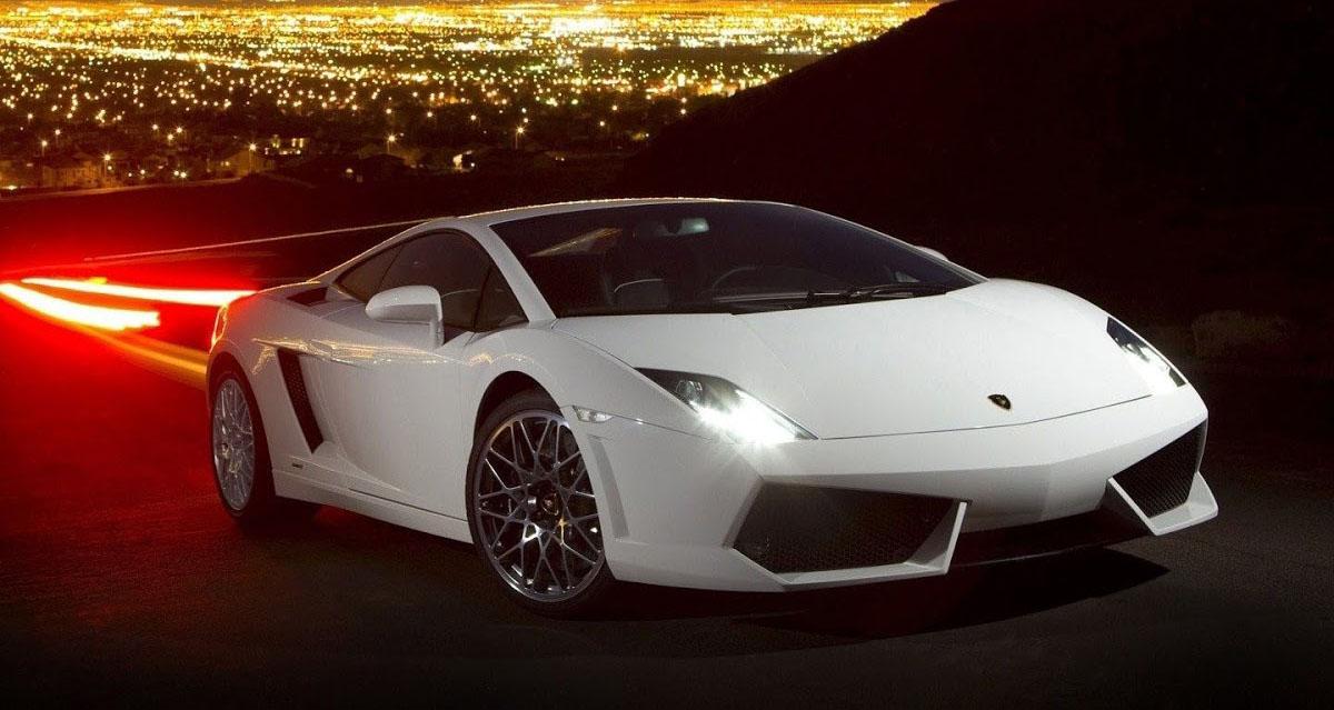 صور تفسير حلم السيارة البيضاء  لابن سيرين