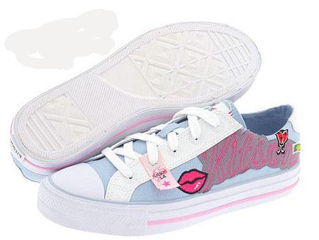 صورة اجمل احذية رياضية للبنات