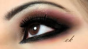صوره العيون السوداء الواسعة صفات عيون النساء تدل على شخصيتهن