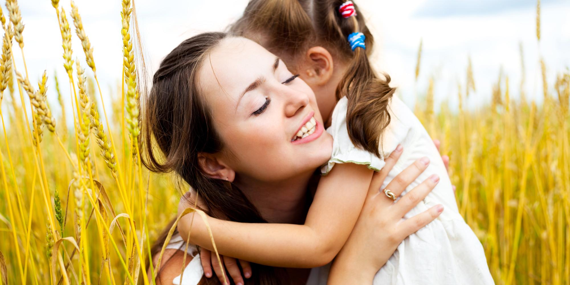 بالصور صور اطفال مع امهم 1c28a11ad014e4d90ce95d5be29e740f