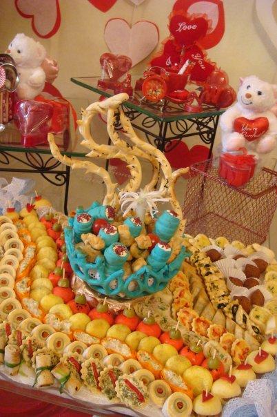 بالصور تقديم حلويات النفاس بطرق جديده 1ca9f59ab7258c3d2de070e4afe2ec7e