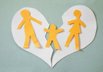 بالصور تربية الاطفال بعد الطلاق 1da14822b6f1cfcdb79276d3eb284f12