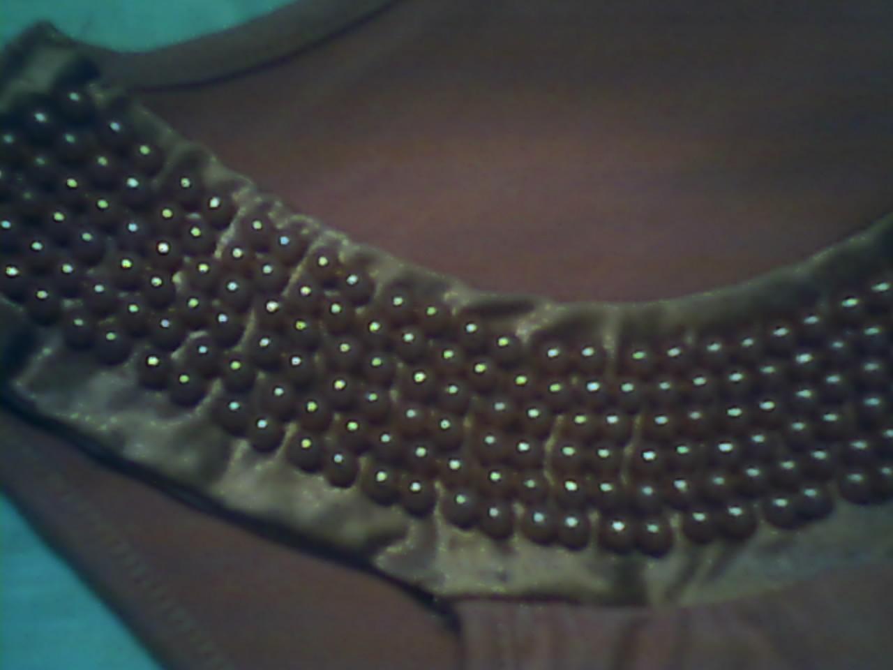 بالصور كيفية تزيين الملابس بالخرز 300d658155e074e4a69c291596cfd9e3