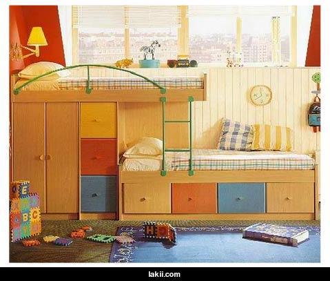 صورة غرف نوم اطفال دورين للمساحات الضيقة