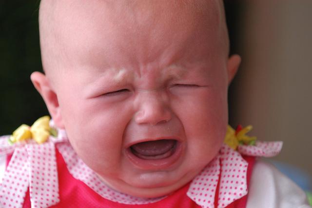 صوره رؤية طفل رضيع يبكي في المنام