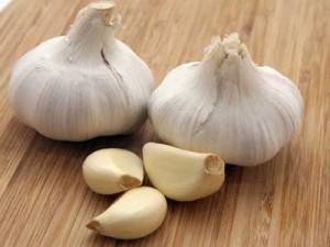 صوره فوائد الثوم لعلاج الكحة السعال وطرد الديدان