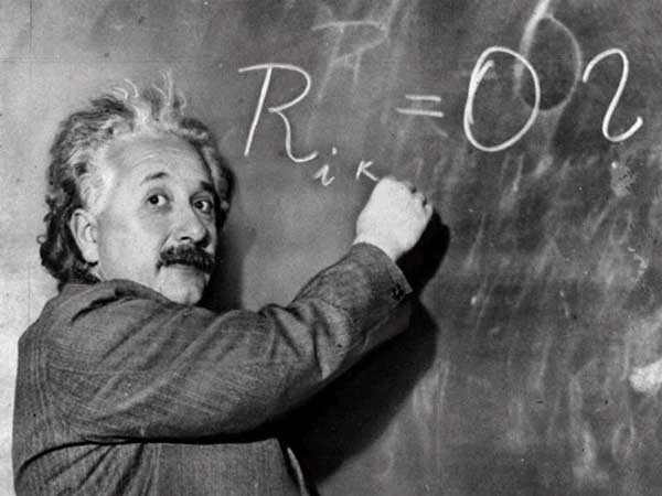 صوره البرت انشتاين معلومات