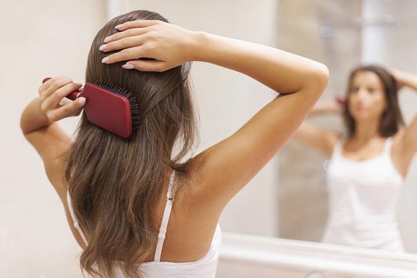 بالصور نصائح لتمشيط الشعر بطريقة صحيحة 4ad5e82f00a1a651b1bd822b791380a8