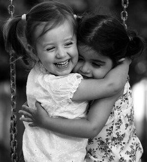 صوره اجمل ما قيل عن الاخت  ابيات شعريه فى حب الاخت