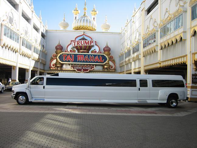 صوره صور اكبر سيارة ليموزين في العالم