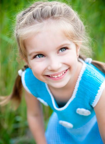 بالصور تسريحات للشعر الطويل للاطفال للافراح 61dd63cddc9c7cc61a7ca39fe3a08946