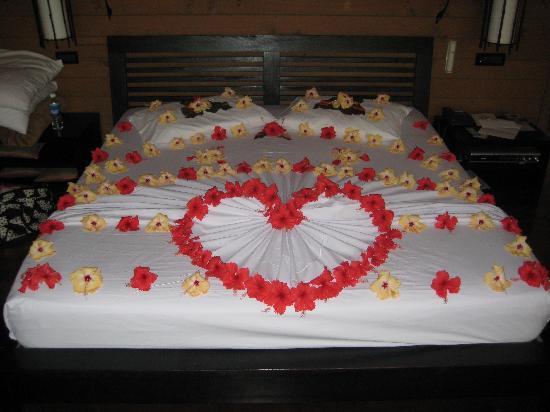 بالصور افكار لتزيين غرفة النوم 6ba5e094848a12d12e2ce7cb15100bd1