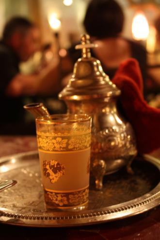 بالصور طرق عديدة ومختلفة لتحضير الشاي 6ca8b1a6d4ee10f216d9127cb5a8cbb3