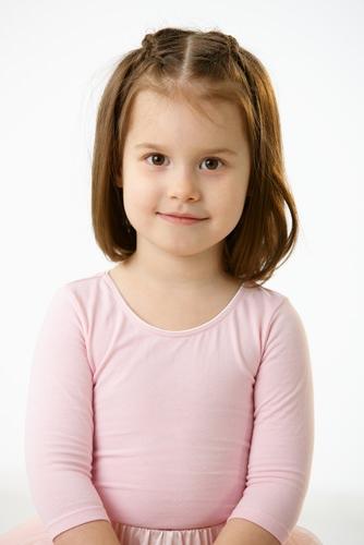 بالصور اجمل قصات شعر للبنات الصغار 6ce953d230f47979b68e8182e8a0c730