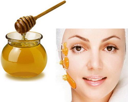 صوره قناع العسل للوجه الجاف