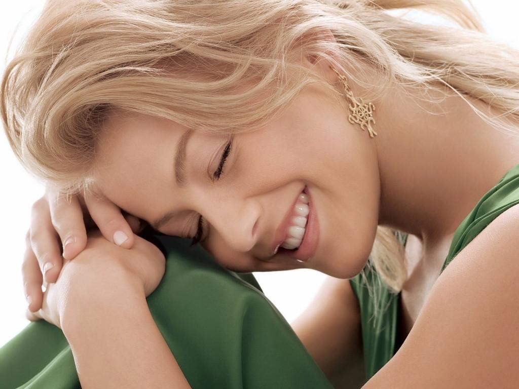 صورة اجمل صور بنات مبتسمة