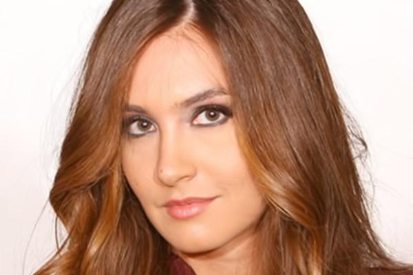 بالصور ملكه جمال لبنان رينا شيباني 893c84c91297fa9b7178f325d310e3c1