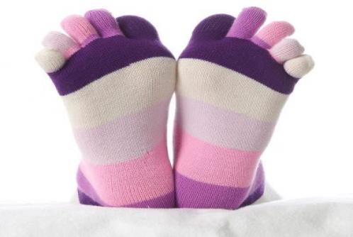 بالصور اسباب وعلاج برودة القدمين 948252d4652d0593a52fe4e0ee3e0de7