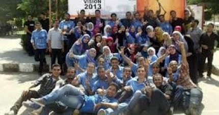 بالصور اجمل صور بنات جامعة القاهرة 98f325f5f3ce1c5b3f14c820754569a7