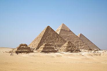 صوره بحث حول الاهرامات المصرية