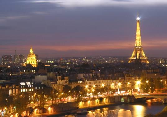 صوره تقرير عن مدينة باريس