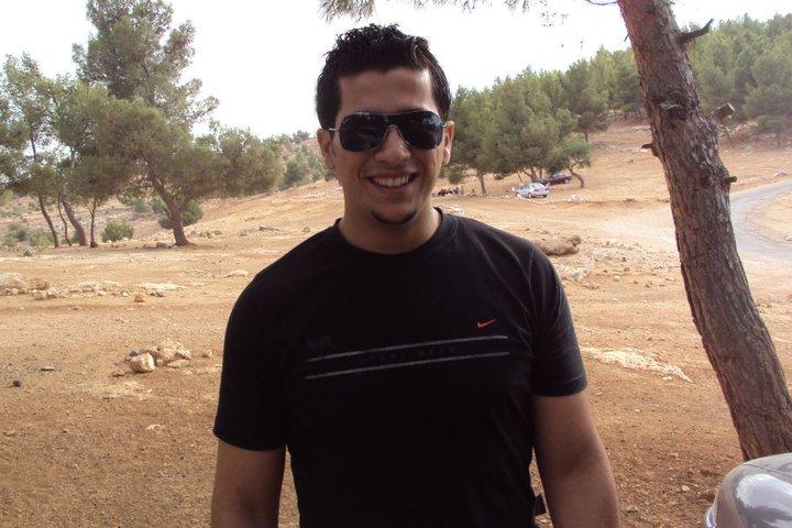 صور من هو عبدالرحمن قريوتي