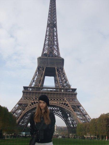 بالصور اجمل صور برج ايفل اهم المزارات السياحية في باريس bc7b2dd8931c0bdb930573f5474e9883