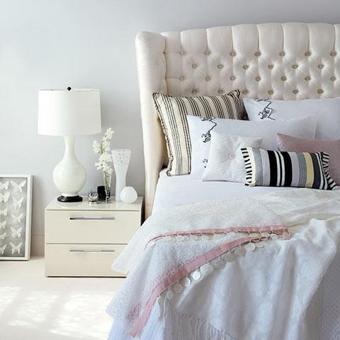 بالصور غرف نوم بيضاء للبنات c109f8807e4f8d8e9802fa97bd8df1bc