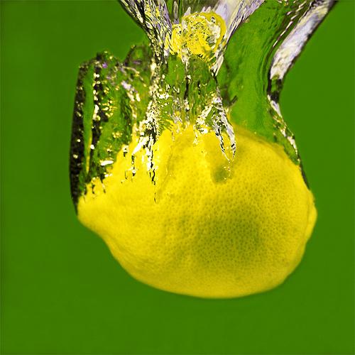 صوره فوايد عصير الليمون للبشرة