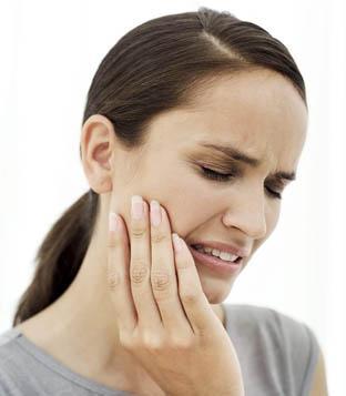 بالصور طريقة علاج وجع الاسنان c506ba5557376993d3b92e5ec507736b
