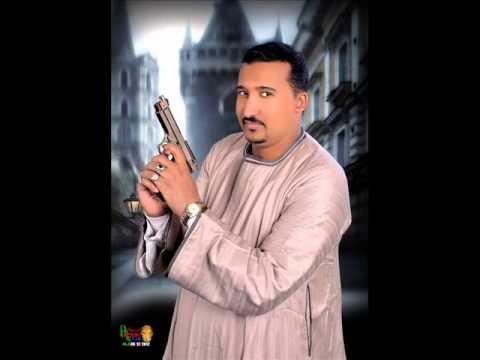صوره محمود جمعة فنان الصعيد