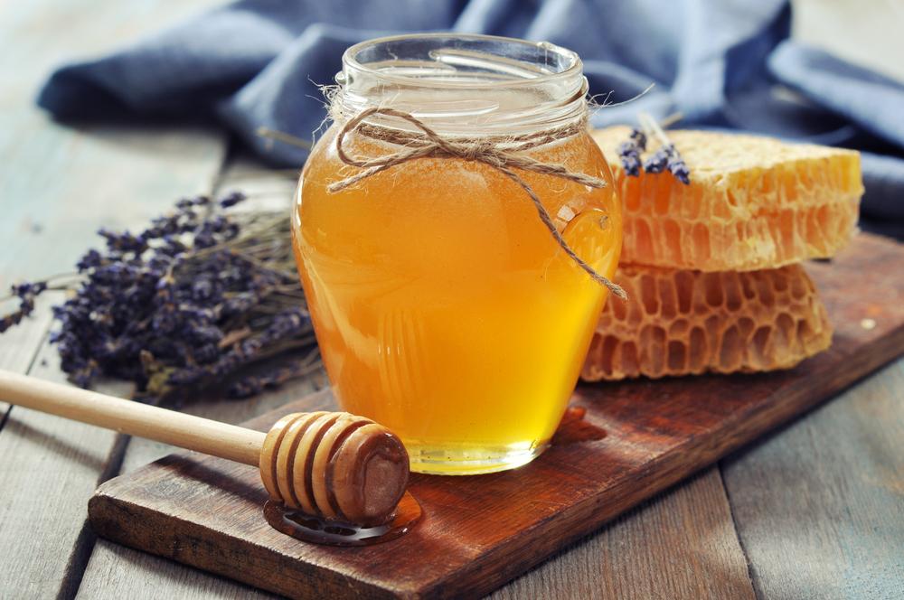 صوره وصفة سريعة لتبييض الوجه بالعسل