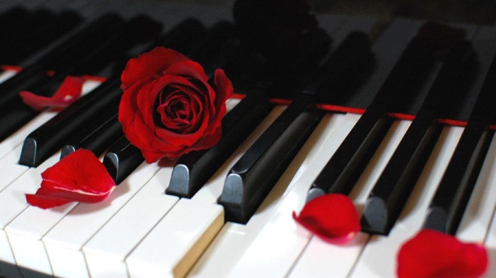صوره احلى خلفيات بيانو 2017