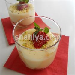 صورة حلويات سهلة كاسترد مع الفراولة