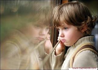 بالصور صورة طفل حزين جميله d4b5d13f9c1a2d7f1a8858fd2e22ddfb