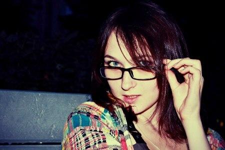 بالصور صور  بنات لابسين نظارات ec39929b7eb9e98422d7ac2b531fe52f