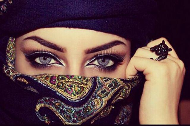 صوره صاحبة اجمل عيون