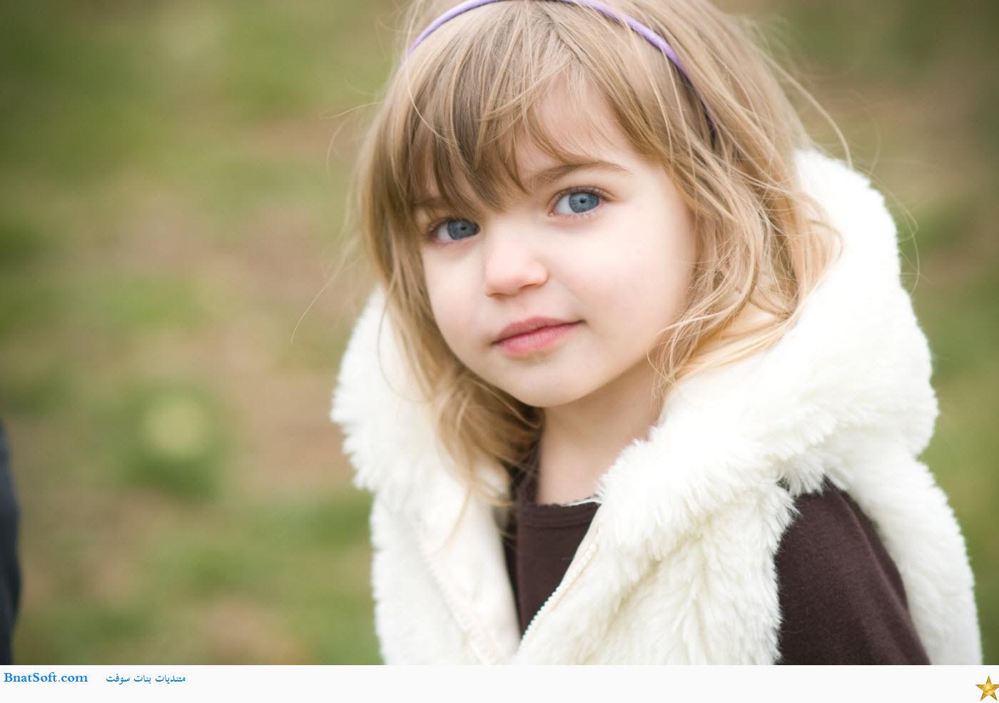 صور خلفيات اطفال بنات جميلة