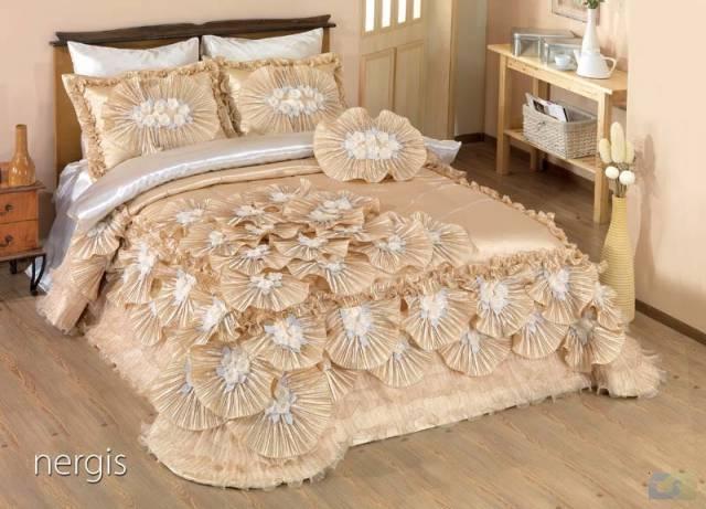 بالصور غطاء سرير مودرن للعرائس 5384525f9ac0bfb7770cd78e849be5f2