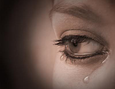 بالصور احدث صور عيون تبكي حزينه 5e3fa2085bc26e0d1ab28eb04c74d4d0