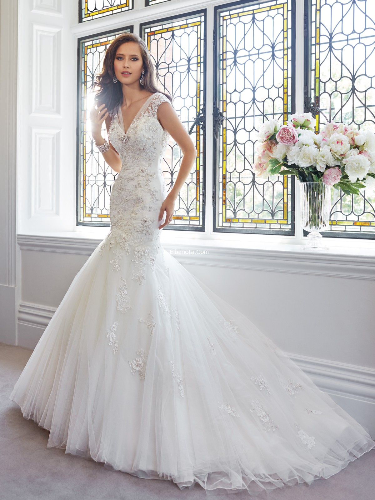 بالصور احدث صور فساتين العروس 2019 6fb99eb88f0888ede0fec600658533cb
