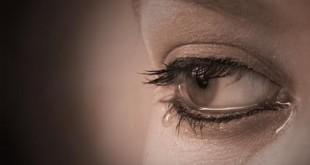 بالصور احدث صور عيون حزينه تدمع img 1377944115 227 310x165