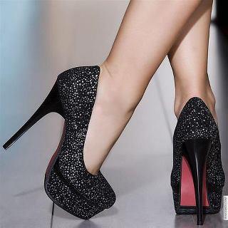 بالصور تشكيله رائعه من احذيه رجالي وحريمي بالصور womenshose 1
