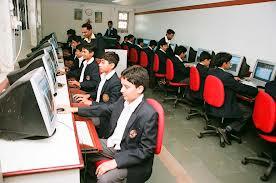 صوره استخدامات الكمبيوتر في التعليم