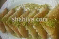 بالصور حلويات سورية للعيد بالصور وربات بالقشطة recipes 244228 shahiya 250x165