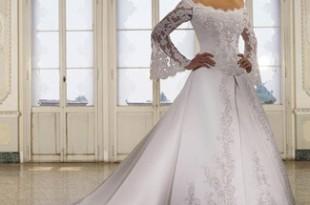 صوره فستان عروس باكمام طويله