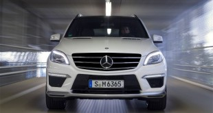 بالصور سعر مرسيدس ml350 في مصر 2013 Mercedes Benz ML 63 AMG front profile in motion 310x165