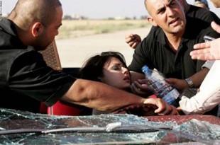 بالصور حادث هيفاء وهبي الطائرة  بسيارتها كاد يودي بحياتها 25062007 113802 0 310x205