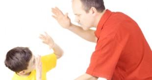 بالصور ما هي نتائج ضرب الاطفال 3164730153 310x165