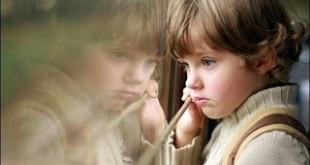 صوره صورة طفل حزين جميله
